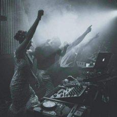 תמונה 3 של !ZE DJ מושיקו שטרן - אמיר פוינט - קולי - תקליטנים
