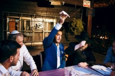 תמונה 4 של הרב אליעזר ברוד - טקס מכובד, מרגש ומתחשב - רבנים ועורכי טקסים