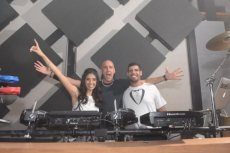 תמונה 2 מתוך חוות דעת על ישראל קמחי | Music Team - תקליטנים