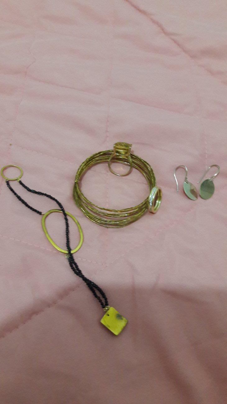 תמונה 1 מתוך חוות דעת על Shirly Jewelry Design Studio שירלי סטודיו לצורפות - טבעות נישואין ואירוסין