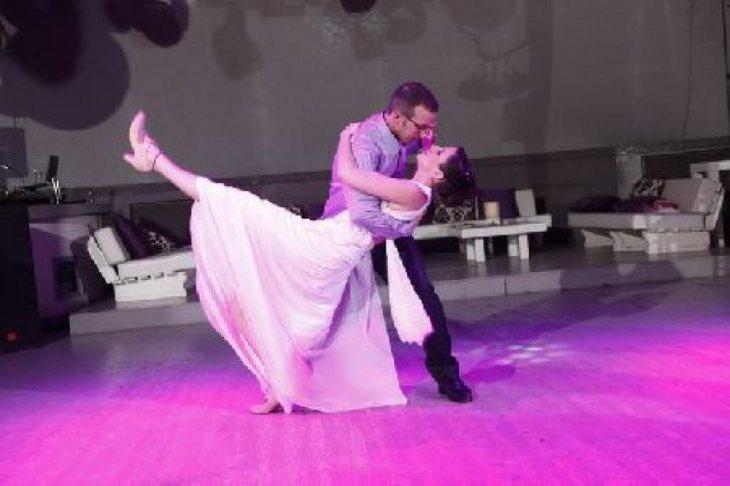תמונה 2 של עופר מורה לריקוד חתונה - ריקוד חתונה