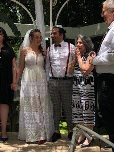 תמונה 11 מתוך חוות דעת על רב רפורמי אמיר וינד - חתונה רפורמית - עורכי טקסים אלטרנטיביים