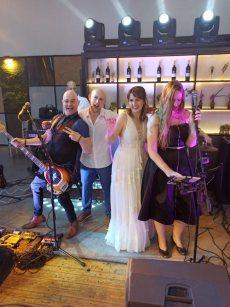 תמונה 3 מתוך חוות דעת על להקת אוברטון | להקת ארועים - להקות, הרכבים וזמרים לחתונה