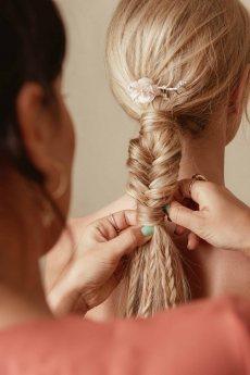 תמונה 2 של שני שוסטר תסרוקות כלה-ערב - תסרוקות כלה ועיצוב שיער