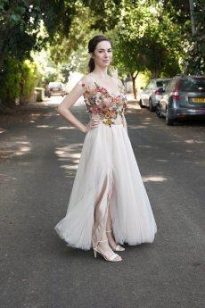 תמונה 2 מתוך חוות דעת על מלי אביב תופרת - שמלות כלה