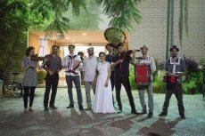 תמונה 1 מתוך חוות דעת על קליינע מענטשעלעך - להקות וזמרים