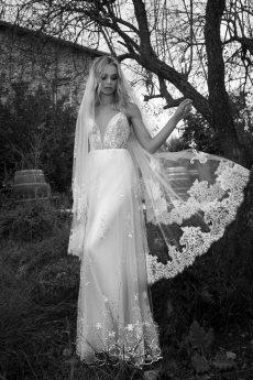 תמונה 10 של ערבה פולק - שמלות כלה - שמלות כלה
