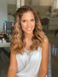 תמונה 2 מתוך חוות דעת על אולגה אלמליח- איפור ועיצוב שיער - איפור כלות