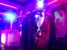 תמונה 3 של אלי ואנונו- מוסיקה לקבלת פנים - להקות וזמרים