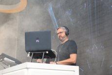תמונה 3 מתוך חוות דעת על DJ אלמוג בר - תקליטנים