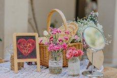 תמונה 5 של שזור בקסם - שזירת תכשיטי פרחים באירועים - שזירת פרחים