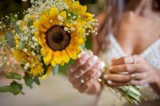 תמונה 1 מתוך חוות דעת על שזור בקסם - שזירת תכשיטי פרחים באירועים - שזירת פרחים