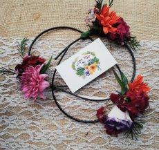 תמונה 7 מתוך חוות דעת על שזור בקסם - שזירת תכשיטי פרחים באירועים - שזירת פרחים