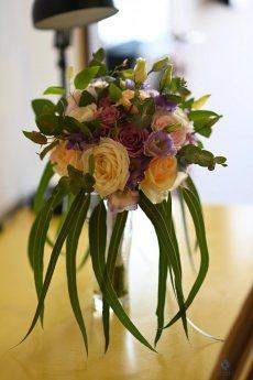 תמונה 2 מתוך חוות דעת על שזור בקסם - עיצוב אירועים ועמדות שזירה - שזירת פרחים