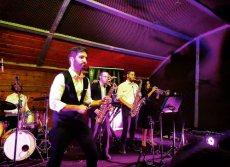 תמונה 10 של טוקסידוס - להקה לחתונה - תקליטנים