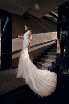 תמונה 1 של נטלי סיסאורי - שמלות כלה