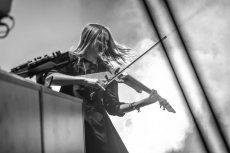תמונה 6 של אלכסנדרה הכנרת   Alexandra Violinist - להקות וזמרים