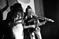 תמונה 3 מתוך חוות דעת על אלכסנדרה הכנרת   Alexandra Violinist - להקות וזמרים