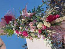 תמונה 9 של לילי - עמדת שזירה ועיצוב חתונות  Lily - Flower Booth - עיצוב אירועים