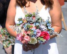 תמונה 1 של לילי - עמדת שזירה ועיצוב חתונות  Lily - Flower Booth - עיצוב אירועים
