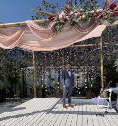 תמונה 1 מתוך חוות דעת על לילי - עמדת שזירה ועיצוב חתונות  Lily - Flower Booth - עיצוב אירועים