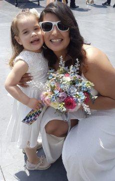 תמונה 6 מתוך חוות דעת על לילי - עמדת שזירה ועיצוב חתונות  Lily - Flower Booth - עיצוב אירועים