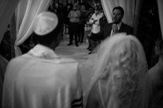 תמונה 1 של הרב אלירן זגורי-לטקס קצר שמח ומרגש :) - רבנים ועורכי טקסים