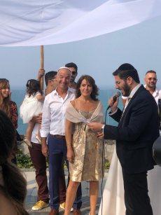 תמונה 3 מתוך חוות דעת על הרב אלירן זגורי-לטקס קצר שמח ומרגש :) - רבנים ועורכי טקסים