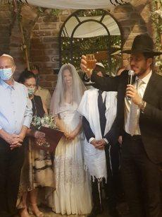 תמונה 11 מתוך חוות דעת על הרב אלירן זגורי-לטקס קצר שמח ומרגש :) - רבנים ועורכי טקסים