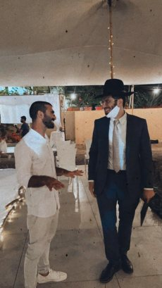 תמונה 8 מתוך חוות דעת על הרב אלירן זגורי-לטקס קצר שמח ומרגש :) - רבנים ועורכי טקסים