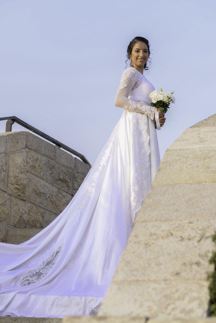 תמונה 1 מתוך חוות דעת על אהרון רון כהן - שמלות כלה