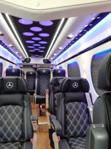 תמונה 1 של גמבורג הסעות מקבוצת רנט א באס rent a bus  הסעות לאירועים - הסעות לאירועים